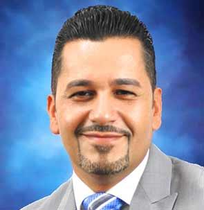 Hector Molina Chooses Select International Tours and Cruises