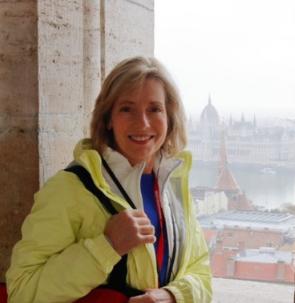 Lisa Morris Chooses Select International Tours and Cruises